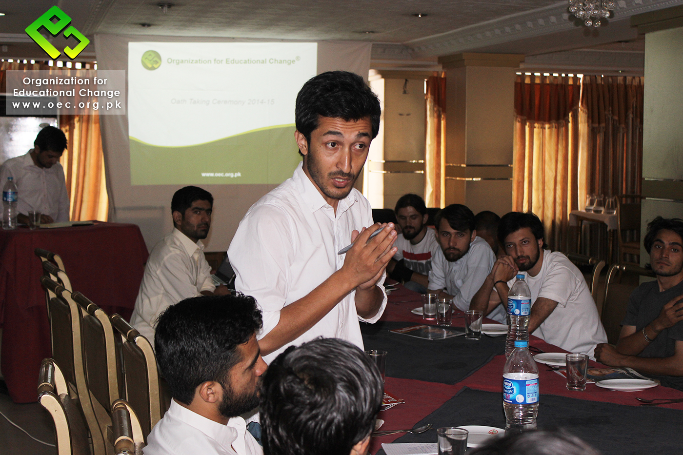 Syed Naveed Shah, the former President, talking to the audience.